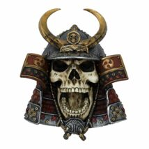 Kabuto koponya fali szobor